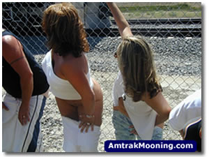 Amtrak Mooning